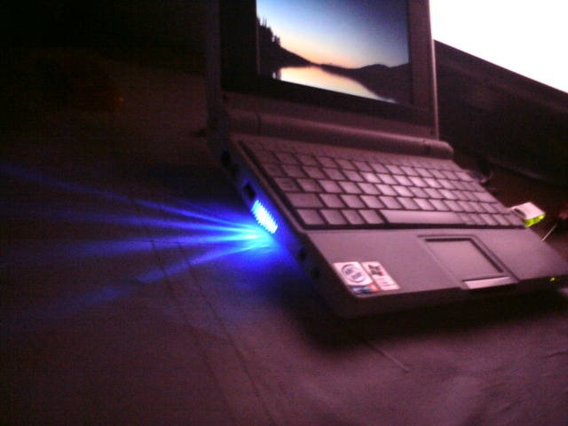 Asus Eee PC 701 Extreme modding